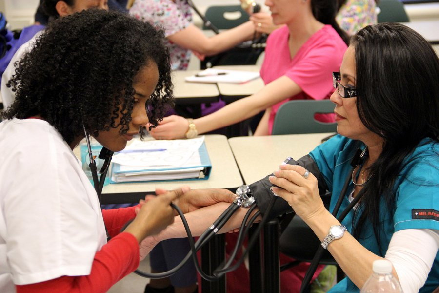 Image for New workforce credentials grant provides tuition assistance to Thomas Nelson students